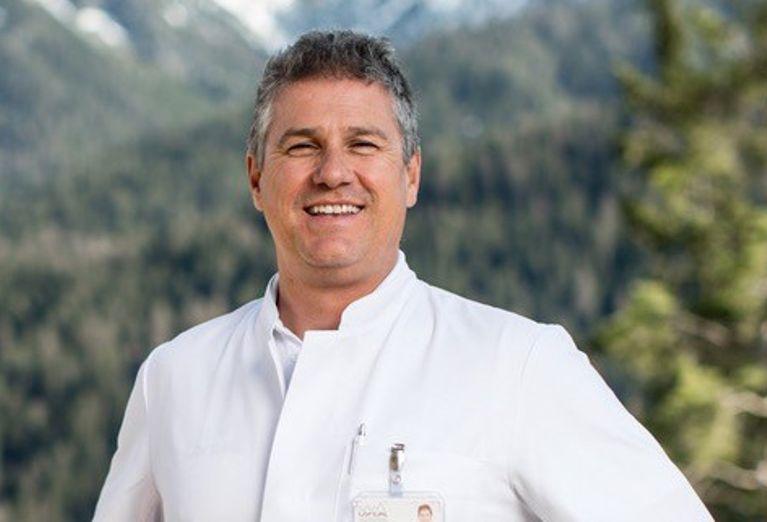 Dr. med. Joachim Koppenberg, Switzerland